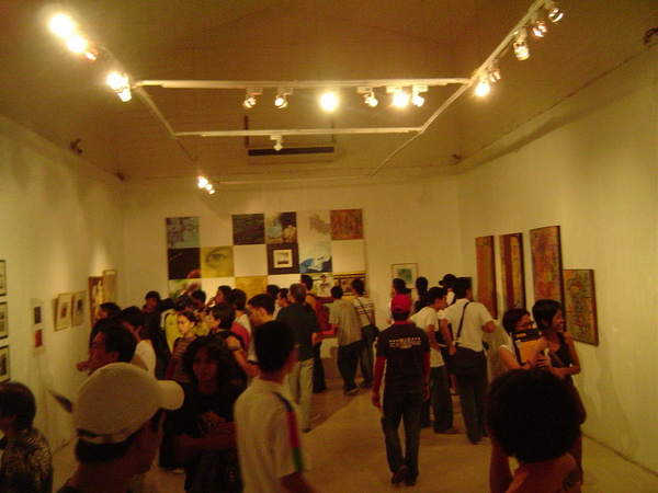 Opening night of the first Kalipunan exhibit in 2004